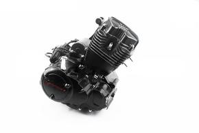 Двигатель мотоциклетный в сборе CGB-200cc