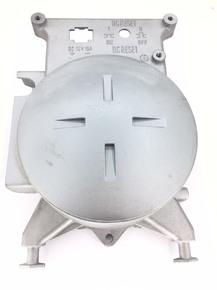 Крышка статора бензогенератора с подшипником 6204 левая 0.9 кВт